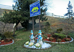 Adopt-A-Highway (Robert S. Photography) Tags: snowmen display decoration sign garden highway brooklyn bathbeach nyc color seasonal street canon powershot elph160 iso200 january 2017