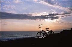 Bicycle (taotti_01) Tags: olympus om2 fujifilm provia100f film 135 湘南 海 sea ocean japan