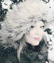 winter in me (Love me tender ♪¸.•*´¨´¨*•.♪¸.•*´) Tags: dimitrakirgiannaki photography greece winter woman portraits snow face