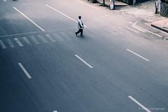 menyeberang (Luqman Agung W) Tags: humaninterest street malang human