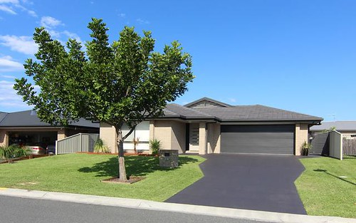 26 Massie Crescent, Tuncurry NSW