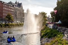 Fountain in the wind (Hkan Dahlstrm) Tags: city people fountain festival photography se boat canal skne sweden cropped malm f40 2015 malmfestivalen skneln gamlastaden xe2 xf1855mmf284rlmois sek 4617082015173448