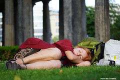 Sleeping on the isle of museums (Red Cathedral [FB theRealRedCathedral ]) Tags: streetart berlin girl germany deutschland graffiti sleep sony rest alpha larp sonyalpha mirrorless museumeiland a6000 sigma60mmf28art