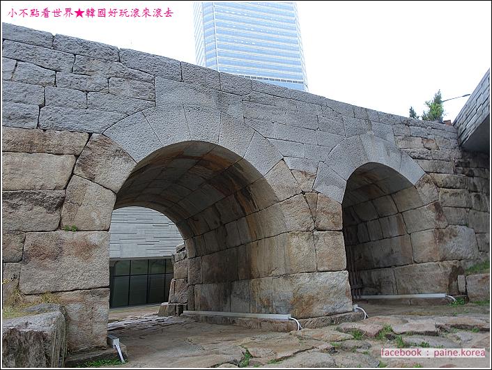 東大門DDP LED玫瑰花展 (10).JPG
