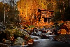 Klepsna Evje gammelt kvernhus 201015 (2) (Geir Daasvatn) Tags: sunset river oldbuilding elv klepsna
