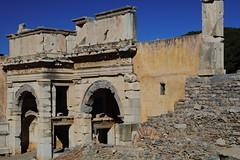 IMG_449a1 (goaniwhere) Tags: ephesus ephesusturkey turkey ancientcity historicsite history rubble ruins grandtheatre libraryofcelsus mycenean