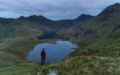 'Wildcamp on the Horns' - Snowdonia (Kristofer Williams) Tags: snowdon snowdonia wales llynllydaw lake mountains twilight bluehour wildcamp water calm still outdoor