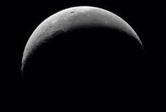 18% Waning Crecent Moon (Andrew Klinger) Tags: