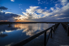 Fuente Piedra y puente (jesbert) Tags: water lagoon sunset clouds landscape