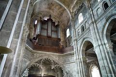 Autun - Cathédrale Saint-Lazare (Jean.D Déclencheur amateur) Tags: autun cathédrale cathédralesaintlazare architecture orgues piliers nef