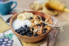 Why Eat A High-Energy Breakfast Every Day (The Wellness Institute & Wellness-Spring) Tags: granola muesli breakfast yogurt cereal oatmeal banana blueberry bowl coffee crunchy cup eatclean healthy homemade morning mug oat peanut raisin spoon sunny sunshine wooden wellnesswednesday nutrition nationalnutritionmonth eatbreakfast
