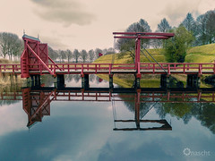 Bridge over Water (Onascht) Tags: photoart bridge mirror wasser festung südfriesland natur holland still netherland onascht landscape water digitalart spiegel bourtange fort