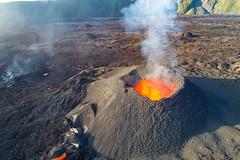 volcan02-d1 (loïcabadie) Tags: eruption pitondelafournaise laréunion réunion volcan lave