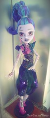 ** Human Form ** (NSW ) Tags: cute fall love monster high dolls vampire grant awesome valentine wishes gigi why 13 kieran mattel genie whisp sdcc djinni ghouls 2015 ghotic draculaura