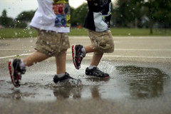 puddle jumpers   wes & abram (hwimmer) Tags: childhood action splash twinboys oct2015meeting