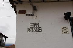 "Señales en Villa de Leyva • <a style=""font-size:0.8em;"" href=""http://www.flickr.com/photos/78328875@N05/23662194292/"" target=""_blank"">View on Flickr</a>"