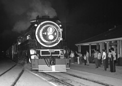 Clearwater proof, 1976 (clarkfred33) Tags: clearwater clearwaterhistory sp4449 americanfreedomtrain aft 1976 nighttime nightphoto flashphoto sphistory vintage vintagephoto famouslocomotive historic historiclocomotive railroadadventure railroadphotography