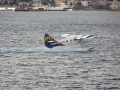 Vancouver - Coal Harbor (pcrossman) Tags: 2017 canada vancouver seaplane sea plane coalharbor canadaplace
