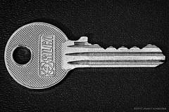 Made of Metal - Macro Mondays theme 13 March 2017 (schreudermja) Tags: macromondays madeofmetal mm hmm macro martyschreuder nikond800e monochrome bw key sleutel lock slot metaal metal silca nederland thenetherlands everyday macrounlimited