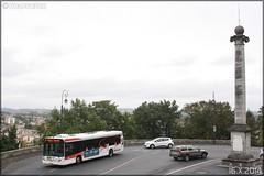 Heuliez Bus GX 327 - STGA (Société de Transport du Grand Angoulême) n°833 (Semvatac) Tags: bus photo métro 7 angoulême transportencommun tramway charente avenueduprésidentwilson heuliezbus stga gx327 semvatac sociétédetransportdugrandangoulême 5779vn16