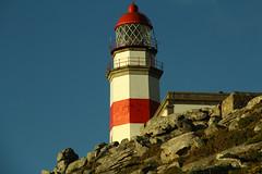La torre del faro de Cabo Silleiro vista desde el suroeste (Contando Estrelas) Tags: lighthouse faro galicia beacon baiona bayona silleiro