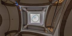 Oporto (LDLS17) Tags: arquitectura escalera porto bolsa oporto palacio bveda
