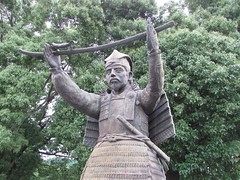 Nostalgia #126 (tt64jp) Tags: history statue japan japanese shrine religion nostalgia sacred  warrior samurai spiritual shinto  japon sanctuary ota gunma            lhistoire nitta       nittayoshisada lhistoire   statueofnittayoshisada ikushinashrine