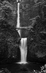 Multnomah Falls (Robert_Brown [bracketed]) Tags: bridge november autumn trees cliff fall tourism water colors leaves stone oregon walking portland landscape photography photo waterfall rocks hiking columbia tourist hike falls upper trail photograph area weathered gorge lower wilderness heights viewing multnomah robertbrown
