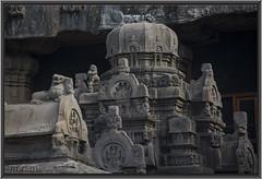 """Entrada de las Cuevas de Ellora"" (Fotocruzm) Tags: india asia aurangabad patrimoniomundialdelahumanidad hinduista rupiaindia fotocruzm mcruzmatia religinhinduista rashtrakutta grutabudista estadodemaharashtra"