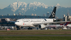 B-6091 - Star Alliance (Air China) - Airbus A330-243 (bcavpics) Tags: canada vancouver plane airplane britishcolumbia aircraft aviation airbus yvr a330 airliner staralliance airchina b6091 bcpics
