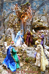 Merry Christmas (jjamv-off hols.) Tags: christmas xmas blue costumes winter decorations light red holiday tree lights campania outdoor christmastree feliznatal crib manger napoli naples greetings merrychristmas cribs nativity neapolitan presepe nativityscene beln feliznavidad buonnatale pesebre krippen 2015 nativityscenes froheweihnachten godjul joyeuxnol bonnadal christmasgreetings selamatharinatal viasangregorioarmeno gleilegjl fijnekerstdagen  feliznavidad jjamv julesvtravel christmas2015 panasonicdmctz70 juliusvloothuis