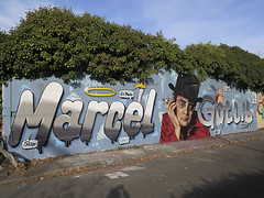 Nantes, Ensu-Bulea-Fark (Zerbi Hancok) Tags: france nantes graffiti streetart streetartnantes graffitinantes graff buttesainteanne chantenay gotlib marcelgotlib