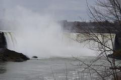 The Horseshoe [Niagara Falls - 3 January 2016] (Doc. Ing.) Tags: 2015 canada ontario on winter northamerica niagarafalls water river waterfall americanfalls mist