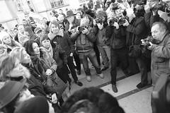 _DSF8422 (sergedignazio) Tags: france paris trocadéro tour eiffel street photography photographie rue fuji xpro2 manifestation rassemblement fenmen jacqueline sauvage justice prison