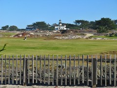 Pacific Grove, California (Jasperdo) Tags: pacificgrove california roadtrip montereypeninsula pointpinoslighthouse lighthouse building architecture history fence