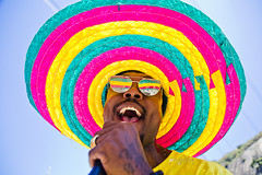 Carnaval de Rua_18.02.17_AF Rodrigues_503 (AF Rodrigues) Tags: afrodrigues carnavalderua carnaval rio riodejaneiro festa folia 2017 brasil blocosóocumeinteressa foratemer forapsdb forapmdb sóocumeinteressa cantor carnavaldorio carnival carnivale chapéu