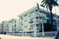 VICEs - Miami style (Jodie Dobson (Moving Country) is that busy?) Tags: street urban blur trafficlights green apt lensbaby blurry apartment miami balcony jet dream mint voyeur palmtree dreamy fullframe dslr canondslr southbeach blurs 6d voyeuristic sweetspot radlab canon6d fullframedslr