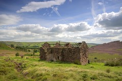 Needs Some Work (Jeffpmcdonald) Tags: uk peakdistrict ruin staffordshire theroaches nikond7000 jeffpmcdonald sep2015