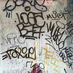 IMG_4712 (keymiart1) Tags: urban texture graffiti photo tag extrieur  abstrait   keymi minimalisme  urbanskin   urbanepidermis  epidermeurbain
