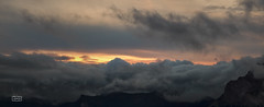 ¿Monte Olimpo?/ Mount Olympus? (Jose Antonio. 62) Tags: españa beautiful clouds photography spain colours dusk nubes anochecer seaofclouds picosdeeuropa mardenubes