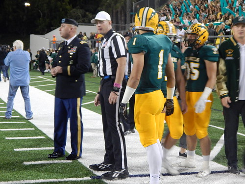 """Edison vs. Fountain Valley 10/31/15 • <a style=""""font-size:0.8em;"""" href=""""http://www.flickr.com/photos/134567481@N04/22011878783/"""" target=""""_blank"""">View on Flickr</a>"""