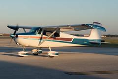 N7980B  Cessna  C172  1940ATM  KHOU  20151010  077 (✈ concord⁹⁷⁷) Tags: usa airport texas tx aircraft jet houston airline cessna c172 hou 077 houstonhobbyairport khou southhouston 04015001 31662 1940atm 20151010 n7980b