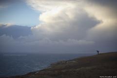 Sfidando il vento delle scogliere Scozzesi (Matteo Rinaldi.it) Tags: vento scogliere temporale scozia neistpoint