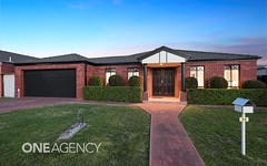 25 Stackpole Crescent, Sunbury VIC