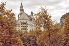 Schloss Neuschwanstein / Neuschwanstein Castle (biglo_de) Tags: neuschwanstein hohenschwangau schwangau füssen königludwigii könig ludwig kingludwigii castle neuschwansteincastle
