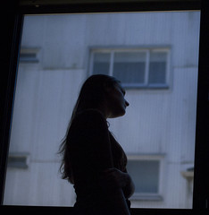333/366: enclosed (Andrea · Alonso) Tags: me selfportrait autorretrato 366 365 window contrast myseld contraste ventana 35mm canon 14 f14 sigma art ciudad city silhouette silueta