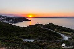 _o___ (photosenvrac) Tags: ciel paysage couleur portvendres coucherdesoleil thierryduchamp