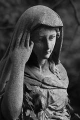 (michael_hamburg69) Tags: sculpture friedhof woman cemetery graveyard female germany deutschland cementerio hamburg skulptur boneyard ohlsdorf cimitero panteón cimetière necropoli camposanto ohlsdorferfriedhof 陵园 língyuán [陵園] grabmalsaller