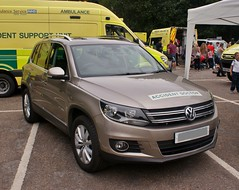 East Midlands Immediate Care Scheme VW Tiguan (MJ_100) Tags: car pov ambulance doctor vehicle paramedics ems basics emergencyservices emergencyvehicle emics doctorscar eastmidlandsimmediatecarescheme accidentdoctor