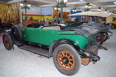 Muse de l'Automobile, Mulhouse (Sebmanstar) Tags: auto france color cars car french automobile europa europe engine machine musee muse collection alsace bugatti couleur mulhouse mus